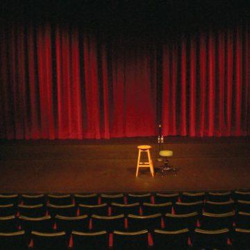 Θέατρο – Όλιβερ Τουίστ
